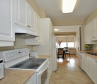 Kitchen Fully Equipped Four Appliances Westmount Hills Montreal Quebec