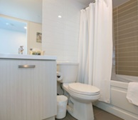 Master Bathroom Soaker Tub Fully Furnished Apartment Suite - Midtown Toronto