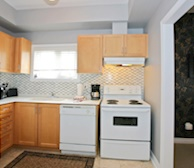 Kitchen Fully Equipped Five Appliances - Kleinburg 14