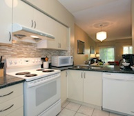 Kitchen Fully Equipped Five Appliances Markham