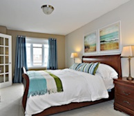 Master Bedroom Queen Mattress Fully Furnished Town House Kanata