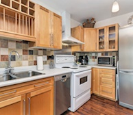Kitchen Fully Equipped Five Appliances Ottawa