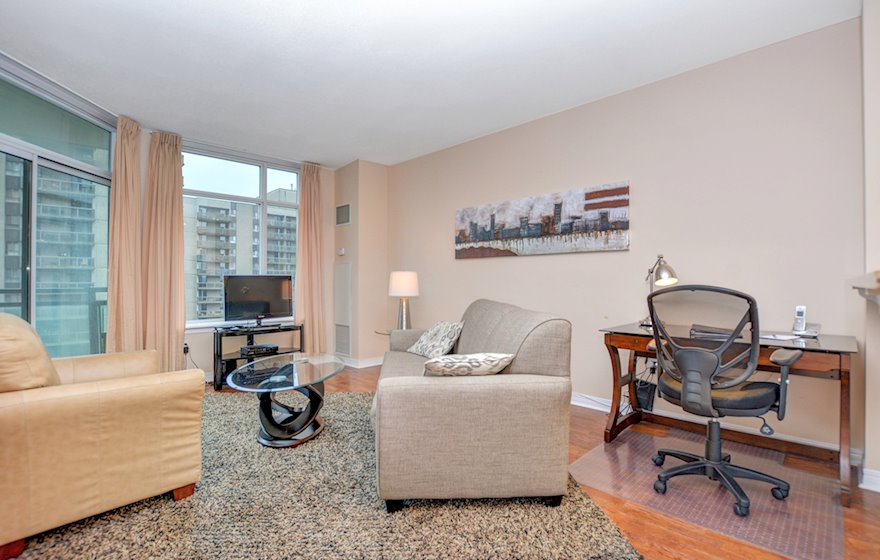 1606 Living Room Free WiFi Fully Furnished Apartment Suite Ottawa
