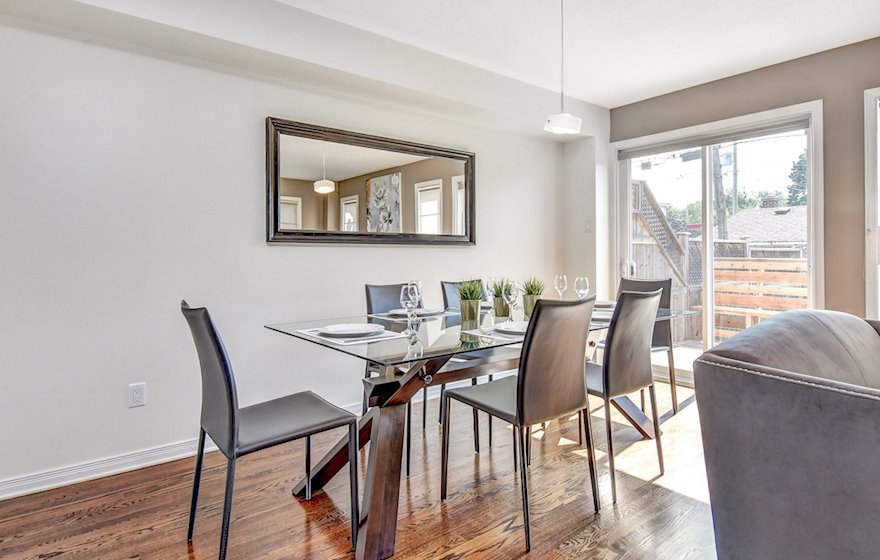 Dining Room Fully Furnished Apartment Suite Ottawa