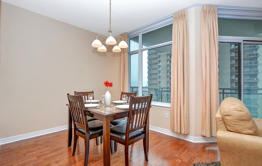 1606 Dining Room Fully Furnished Apartment Suite Ottawa