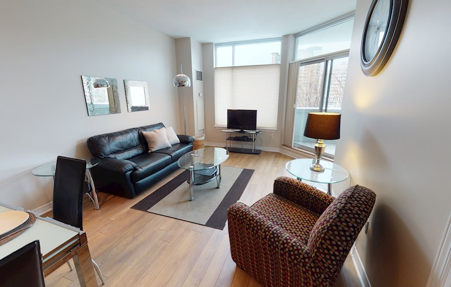 203 Living Room Free WiFi Fully Furnished Apartment Suite Ottawa
