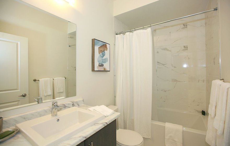Second Bathroom 3 Piece Fully Furnished Apartment Suite Maple