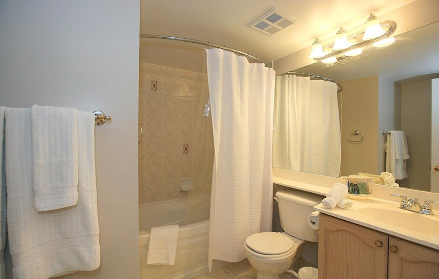 Bathroom Soaker Tub Fully Furnished Apartment Suite North York
