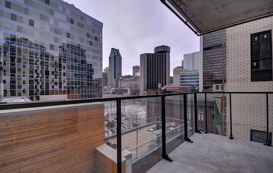 Private Balcony Fully Furnished Apartment Suite Le M2 Montreal Quebec