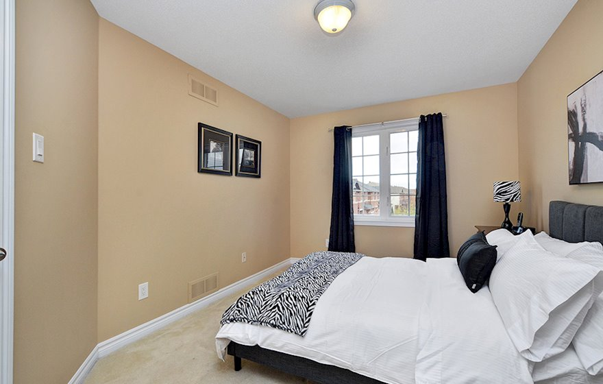 Second Bedroom Fully Furnished Town House Kanata