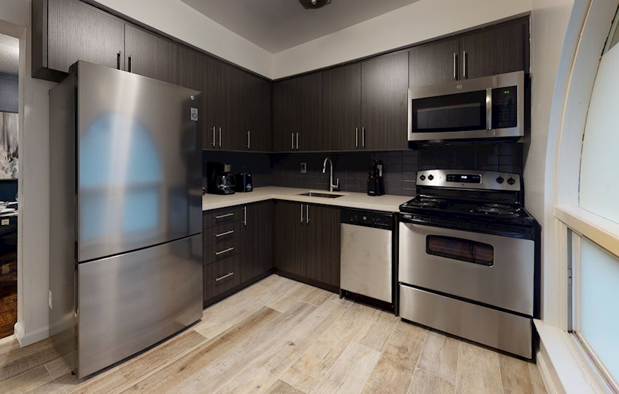 Kitchen Fully Equipped Five Appliances Stainless Steel Midtown Toronto