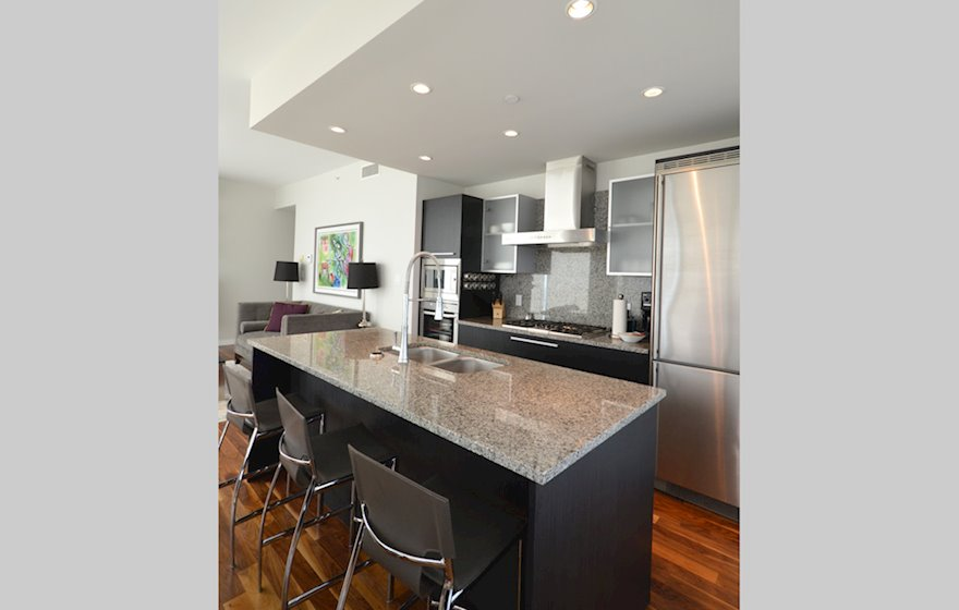 Kitchen Fully Equipped Granite Countertops Falls 1801N Victoria