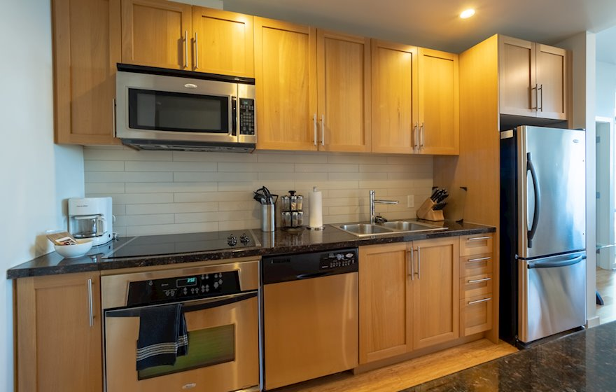 Kitchen Fully Equipped Furnished Suite DSGS G3 Victoria