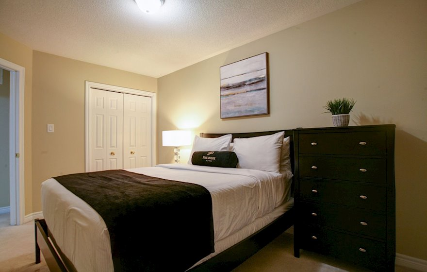 Second Bedroom Queen Mattress Fully Furnished Apartment Suite Oakville