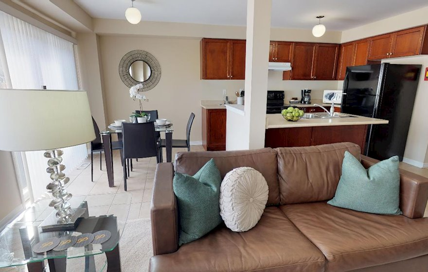 Living Room Free WiFi Fully Furnished Apartment Suite Oakville