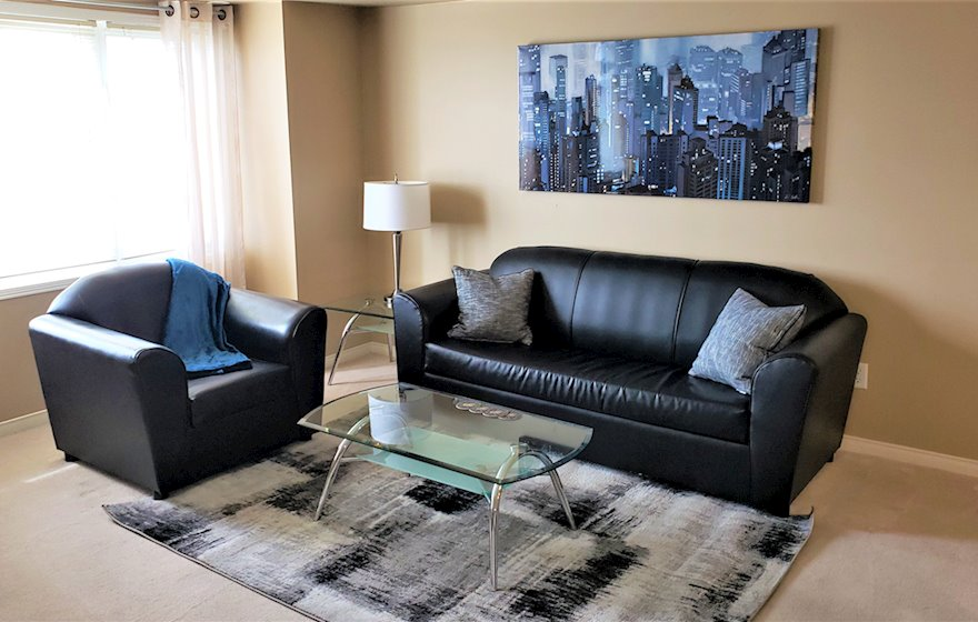 Living Room Free WiFi Fully Furnished Apartment Suite Mississauga