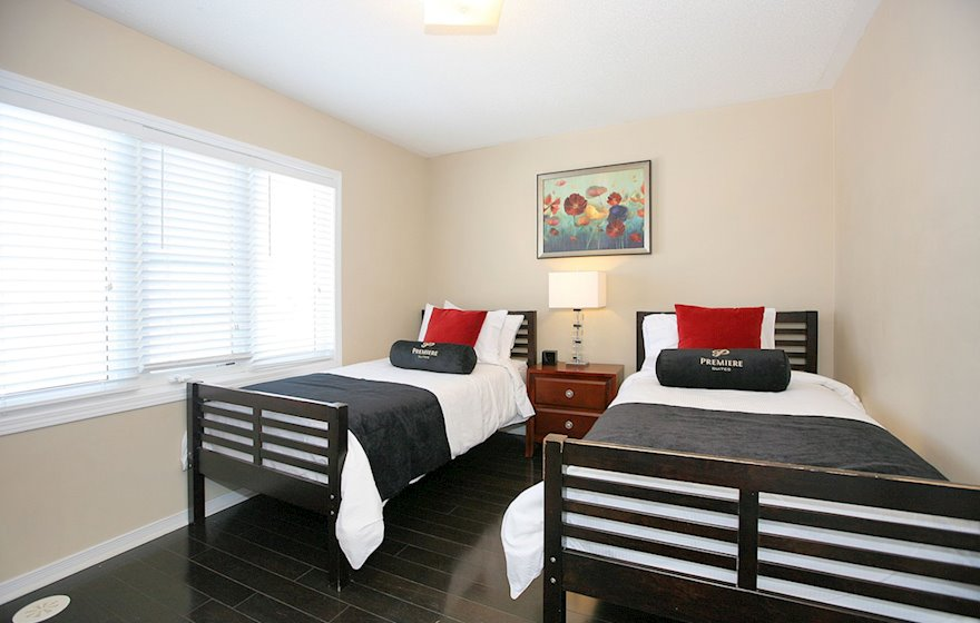 Second Bedroom Two Twin Mattresses Fully Furnished Townhouse Suite Markham