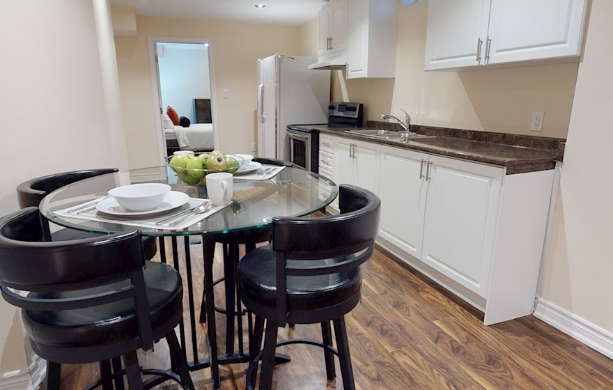 Second Kitchen Furnished Suite Mississauga