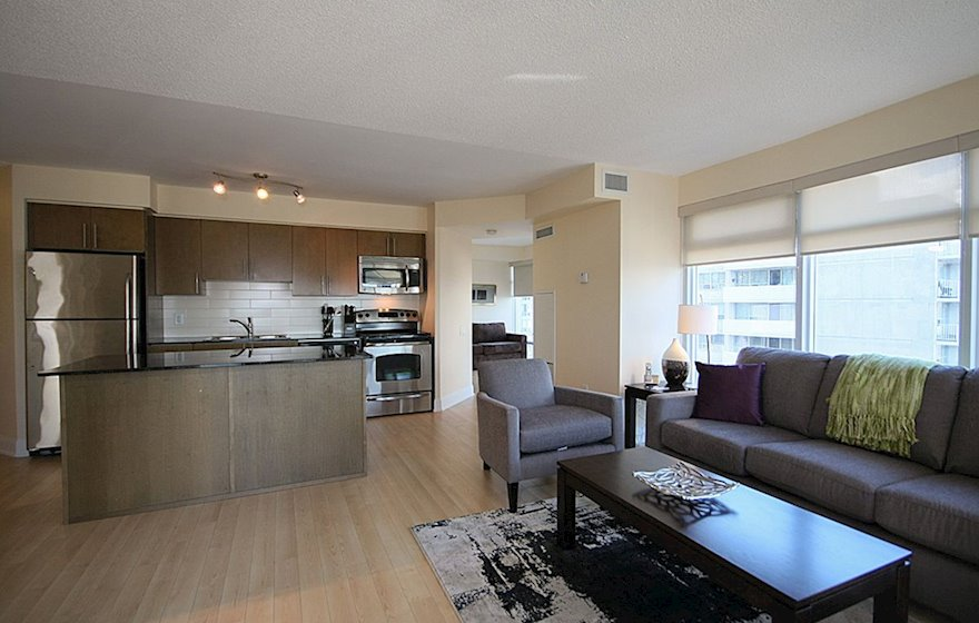 1602-Living Room Free WiFi Fully Furnished Apartment Suite Midtown Toronto