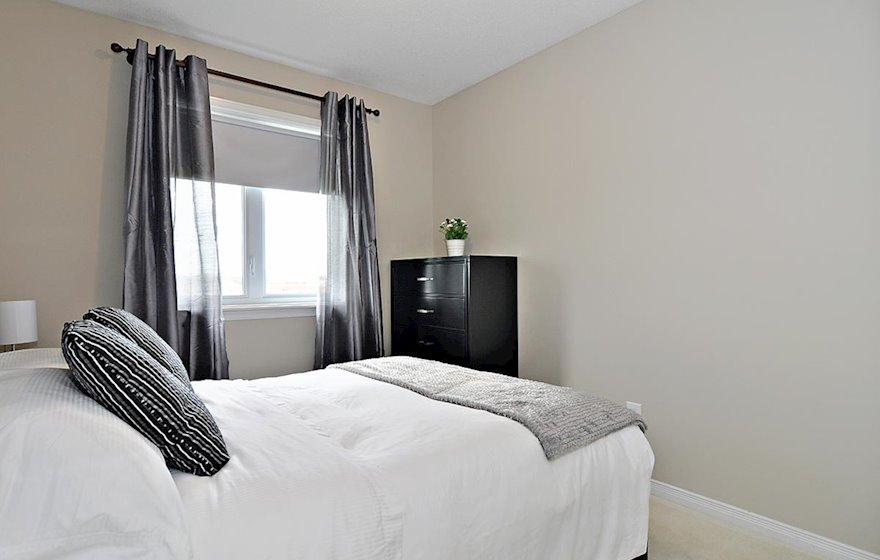 Third Bedroom Double Mattress Fully Furnished Town House Kanata