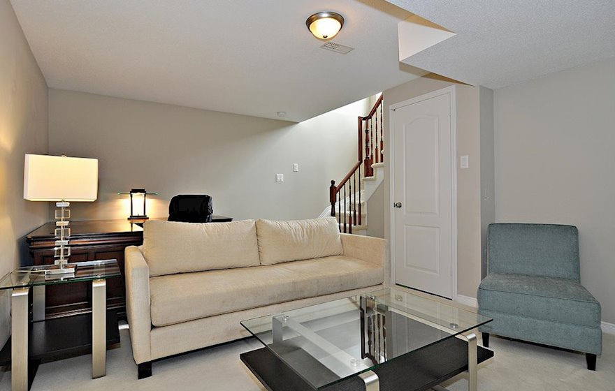 Lower Level Fully Furnished Town House Kanata