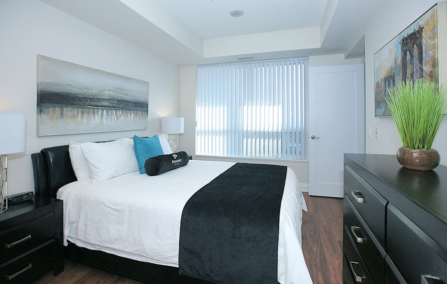 1722-Master Bedroom Queen Mattress Fully Furnished Apartment Suite North York