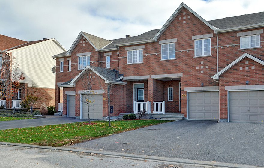 Exterior Fully Furnished Town House Kanata
