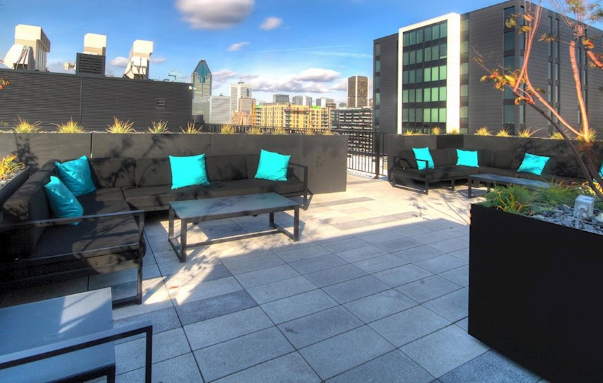 Rooftop Terrace Common Area Free Access Hexagone Montreal Quebec